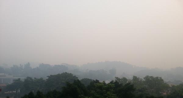 600-haze-hills