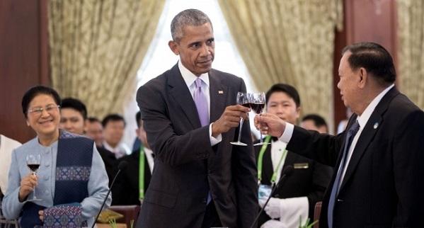 obama-laos-photo-600
